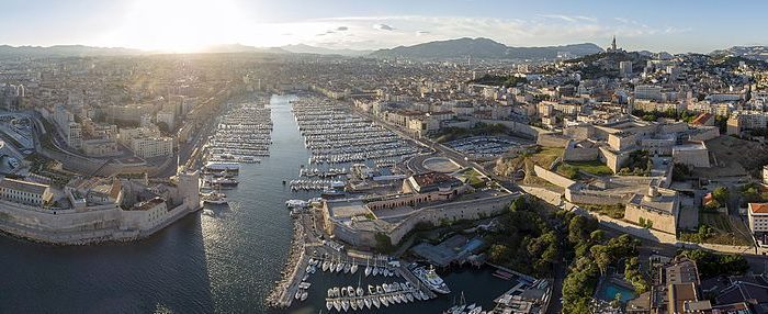 MyFrenchLife.org - Rivalry in Provence: is it a love-hate thing? port panorama