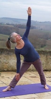 MyFrenchLife™ - yoga retreat in france - Danuta-dec-yurt-yoga-0571