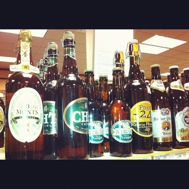 Aimee Thompson - The best of French in Chicago: Cheers to enjoying French craft beer in the Windy City! -My-French-Life-Ma-Vie-Francaise-www.myfrenchlife.org_.jpg