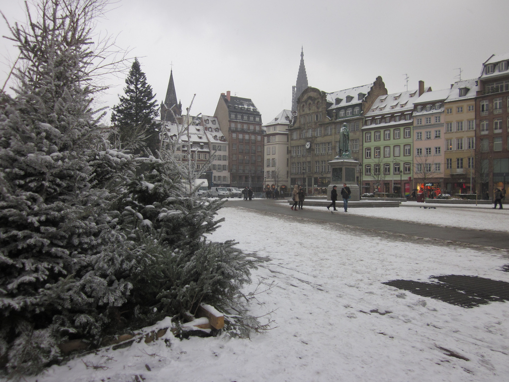 JULIANNA JOHNSON - Strasbourg covered in Snow - My French Life - Ma Vie Française - ww.MyFrenchLife.org