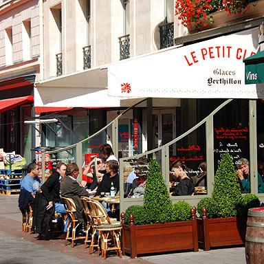 Le Pe Déj à La Française A Walk Along Paris 8217 Rue