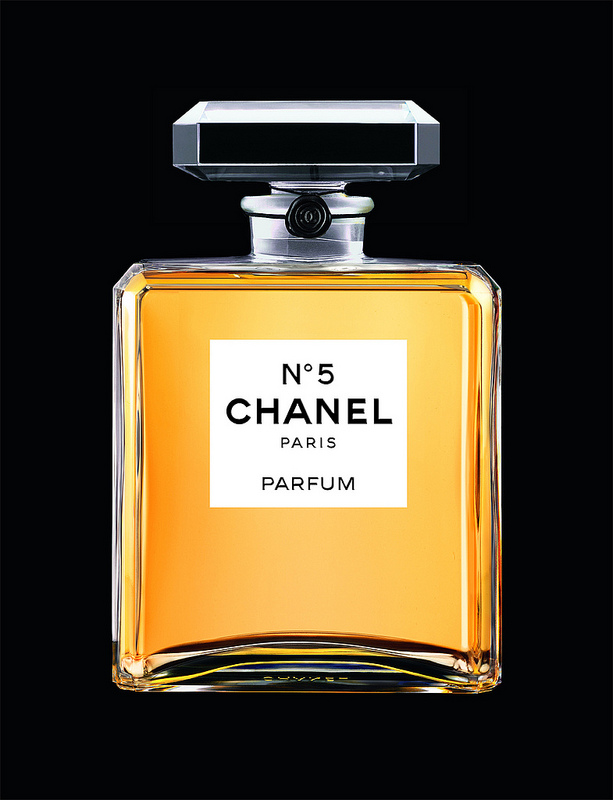 Christelle Faux - Chanel N°5, histoire d'un indémodable parfum français  - My French Life - Ma Vie Francaise - www.myfrenchlife.org.jpg