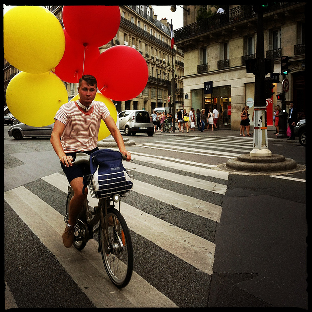 Navigating Paris - by bicycle - Michael Osman - 13.11.13 - www.MyFrenchLife.org