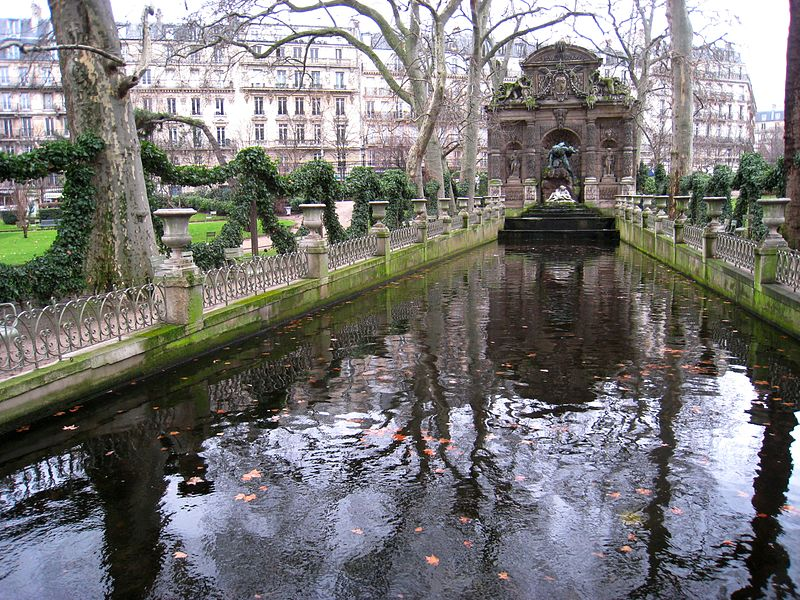 Secrets of a well-known French paradise - Paris - My French Life