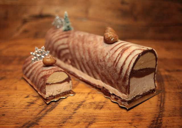 Buche de noel - How to celebrate a French Christmas & NYE in New York - My French Life