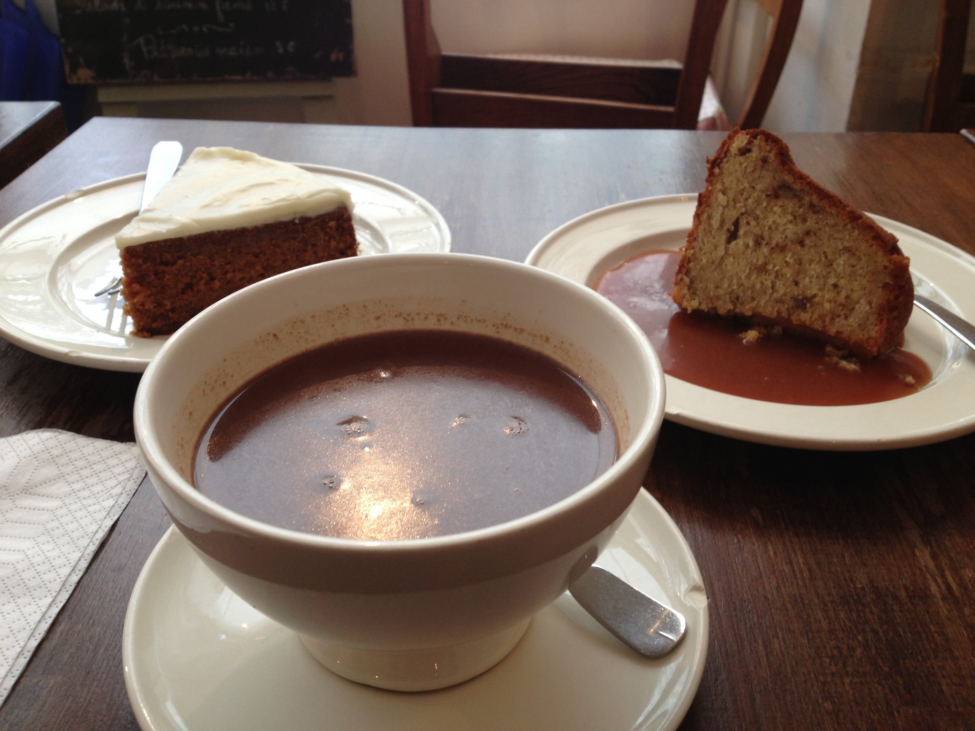 Mamie Gâteaux - Paris off the beaten path - hot chocolate - www.MyFrenchLife.org