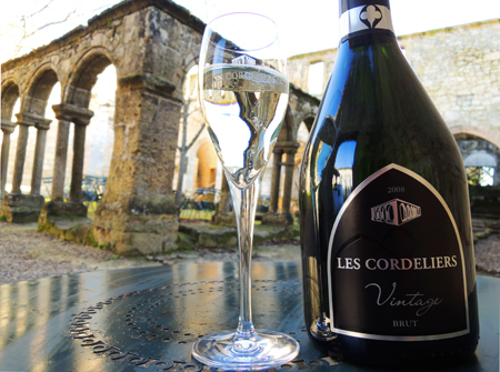sparkling wine - Champagne - 13.04.2014 - www.MyFrenchLife.org