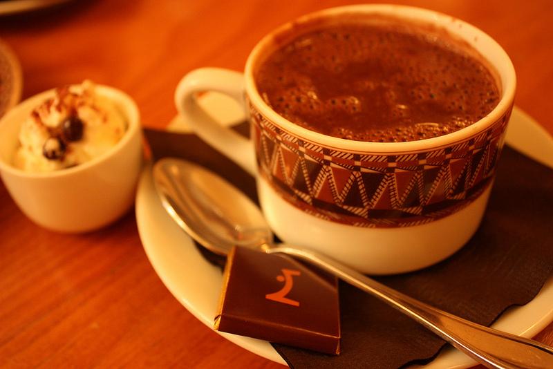 MyFrenchLife™ - Paris hot chocolate - Maison du Chocolat
