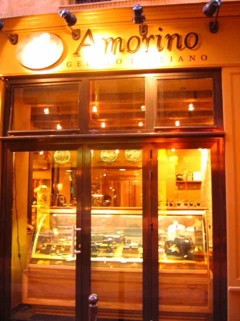 MyFrenchLife™ - hot chocolate in Paris - Amorino