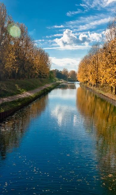 MyFrenchLife™ - invisible paris - canal de l'ourcq en automne