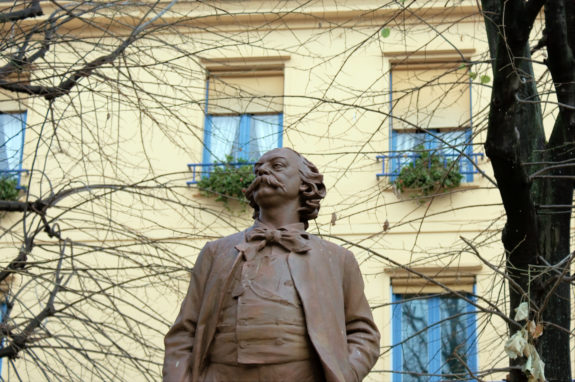 MyFrenchLife™ - MyFrenchLife.org - How to get into French literature guide: Gustave Flaubert - Buste de Flaubert