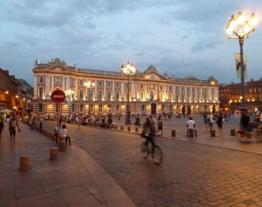 MyFrenchLife™ - MyFrenchLife.org - Occitania - Occitanie - regions of France - Toulouse - Toulouse at night