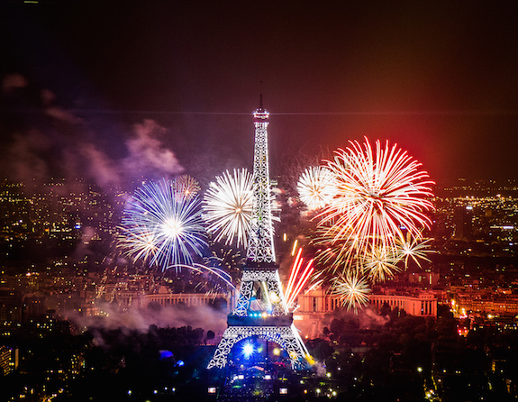 MyFrenchLife™ - Paris in July - Bastille Day fireworks