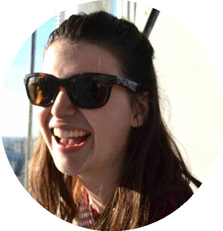Adele-Brookes-internship-–-www.MyFrenchLife.org
