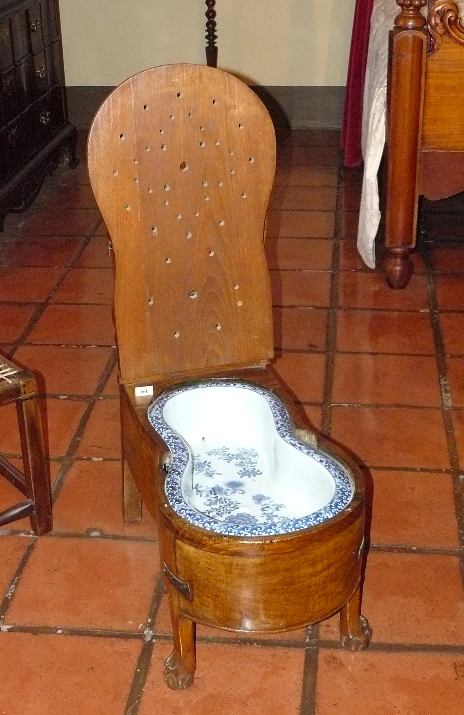 MyFrenchLife™ – MyFrenchLife.org – France - bidet – cultural differences debate