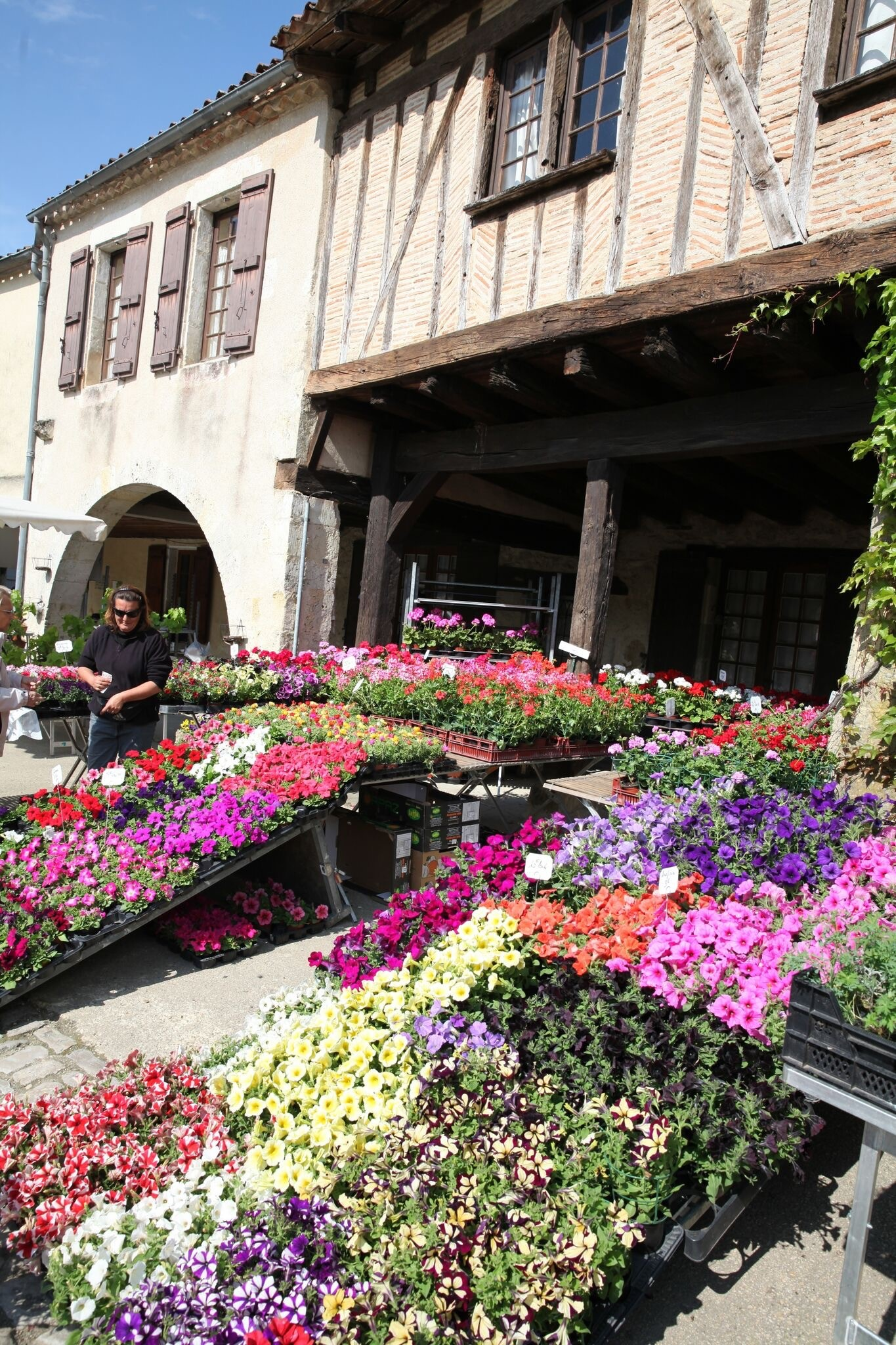 MyFrenchLife™ – MyFrenchLife.org – Fources flower festival – Fourcès – Gascony – April