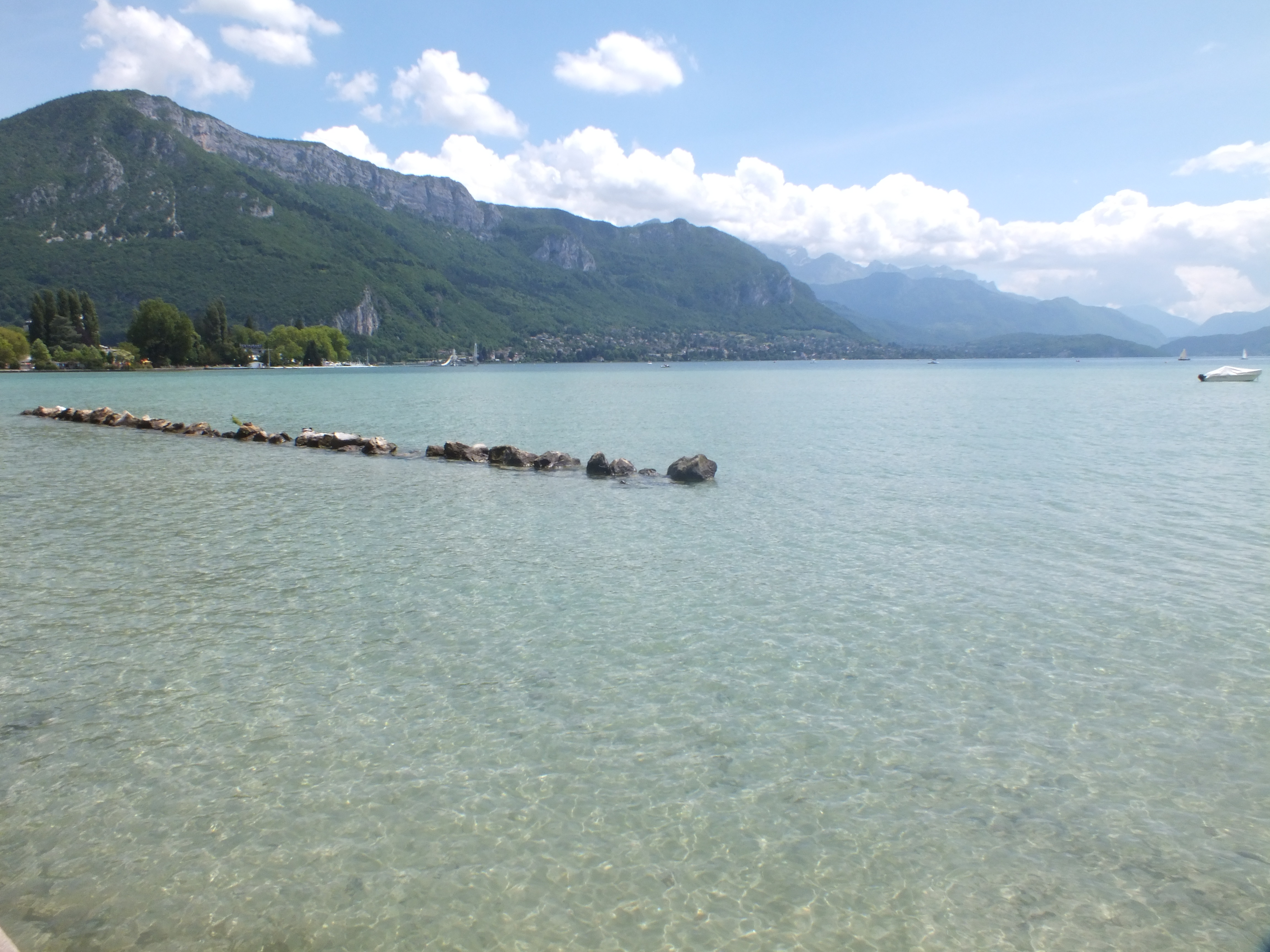 MyFrenchLife™ – MyFrenchLife.org - Day trips from Lyon - Lyon day trip - Lac Annecy