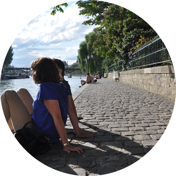 Picnic spots in Paris - by the Seine - MyFrenchLife™