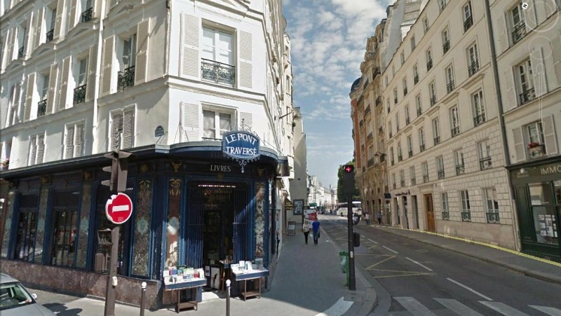MyFrenchLife™ - Parisian bookshops - Paris bookstore - Pont Traverse