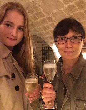 MyFrenchLife™ - Les Caves du Louvre - Steph et Jacqueline