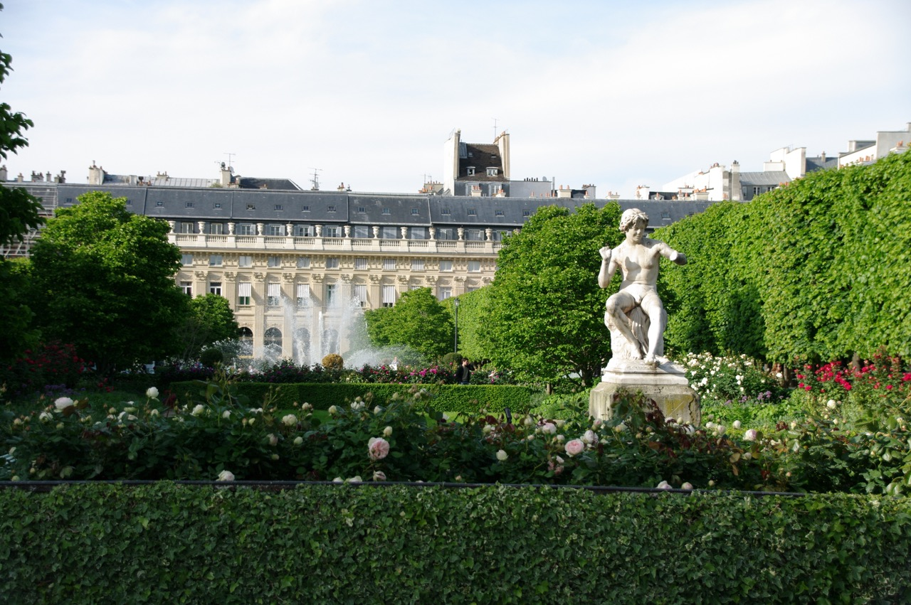 Janelle Gould - Exploring the Palais-Royal Article - Statue Garden - My French Life™