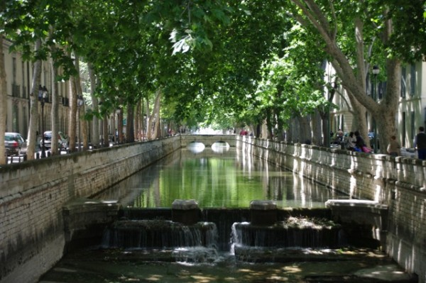 Janelle_Gould_-_Nîmes_-_Canal-_My_French_Life™