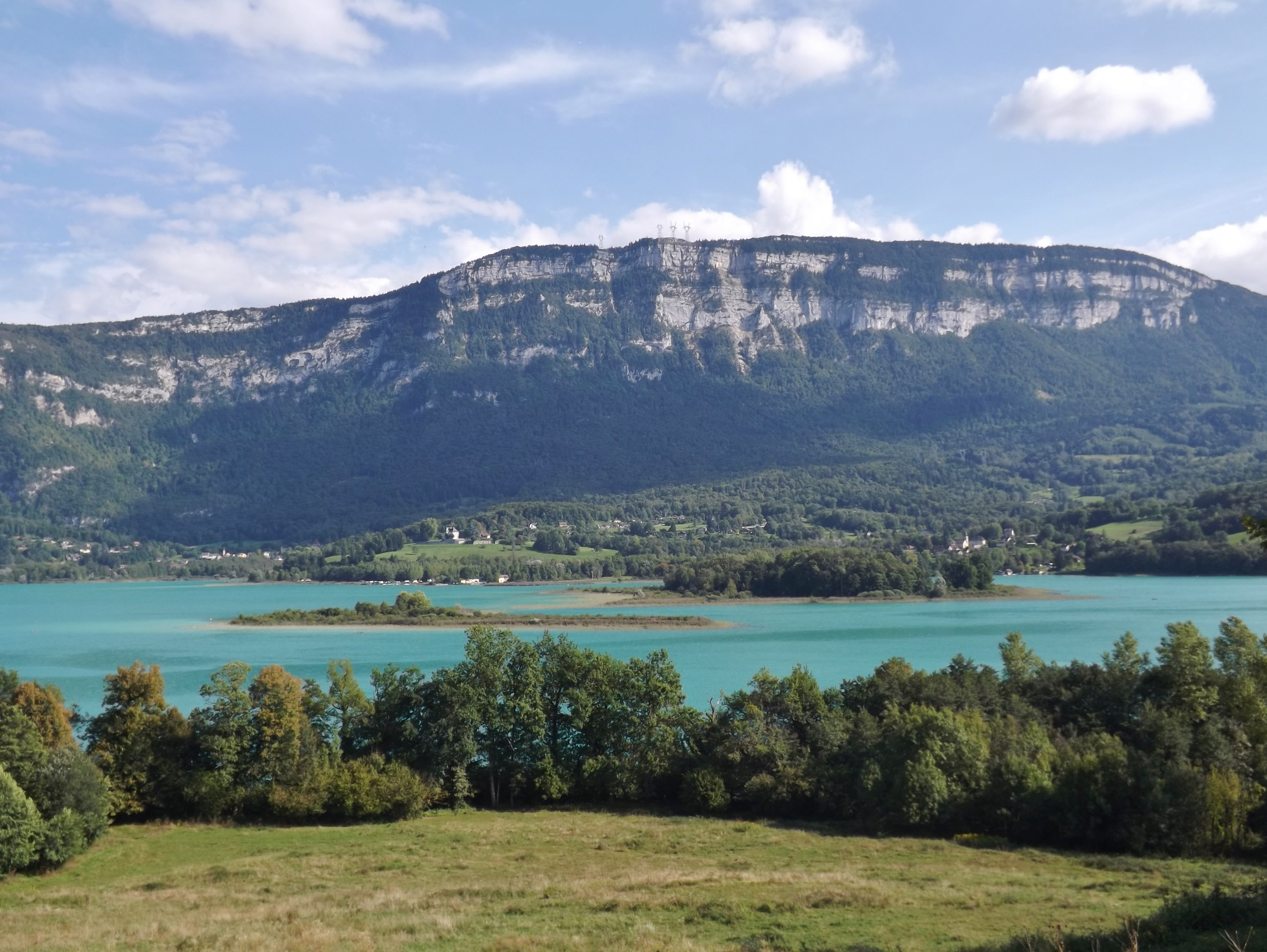 MyFrenchLife™ – MyFrenchLife.org - Day trips from Lyon - Lyon day trip - Lac d'Aiguebelette