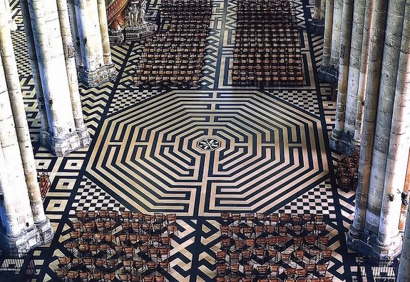 MyFrenchLife™ - French gothic cathedrals - Labyrinthe de la cathédrale Notre-Dame d'Amiens