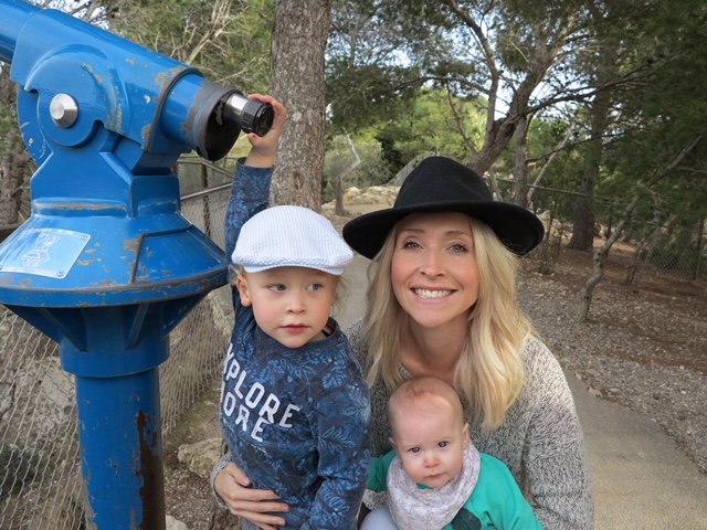 MyFrenchLife™– expat interview - Laura Sheehan – Laura and Kids 2