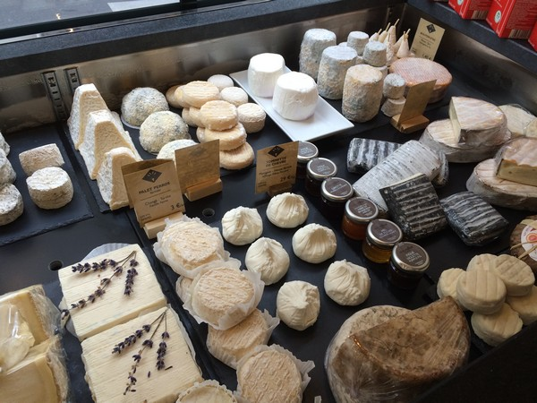 MyFrenchLife™–-Paris Mosaic-–-Fromagerie Goncourt - Variety of Cheeses