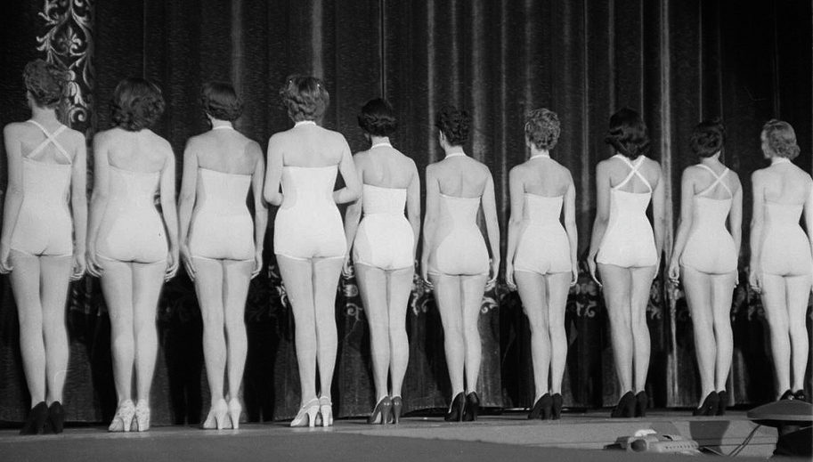 MyFrenchLife™ – MyFrenchLife.org - Miss France - pageant - 1953