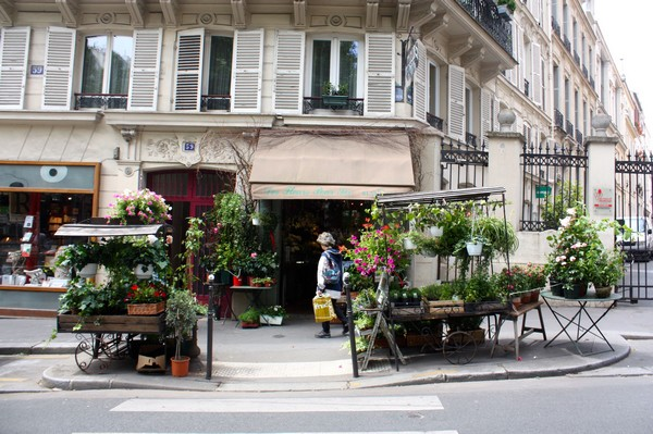 MyFrenchLife™ – MyFrenchLife.org – Paris Mosaic – Des fleurs pour Soi - Shopfront