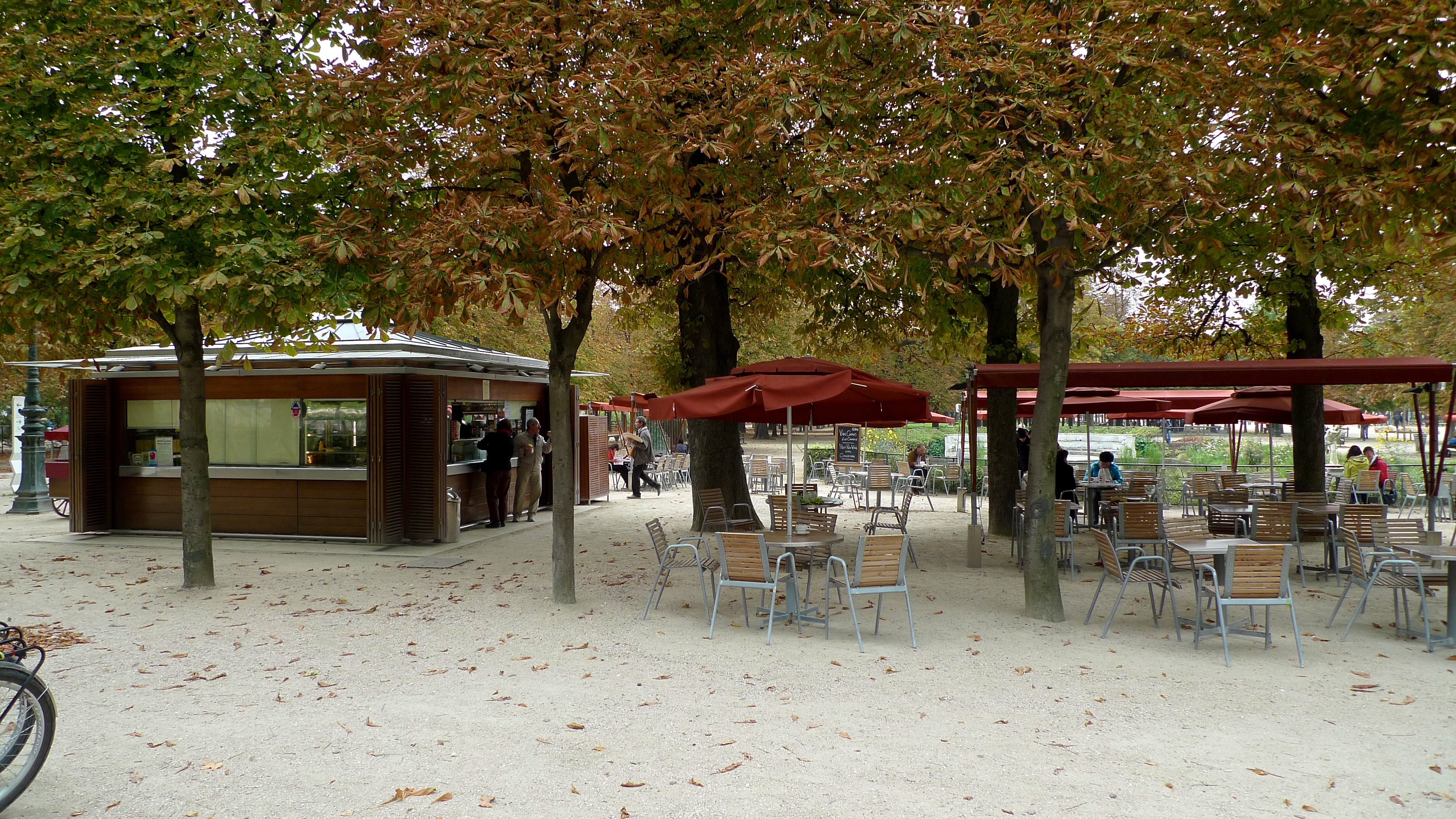 MyFrenchLife™ – MyFrenchLife.org - How to sound French - what not to say - Café Tuileries