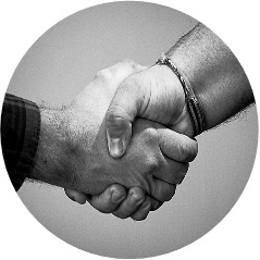 MyFrenchLife™ - MyFrenchLife.org - French Kiss - Kiss a Frenchman - Handshake