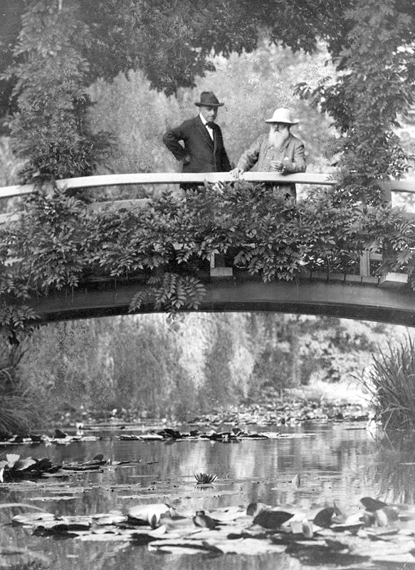 MyFrenchLife™ - MyFrenchLife.org - Monet Giverny - Monet in his beloved garden