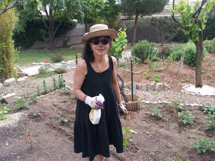 MyFrenchLife™ - MyFrenchLife.org - Two Lives - Paris & Southern France - Jaqueline enjoying her garden