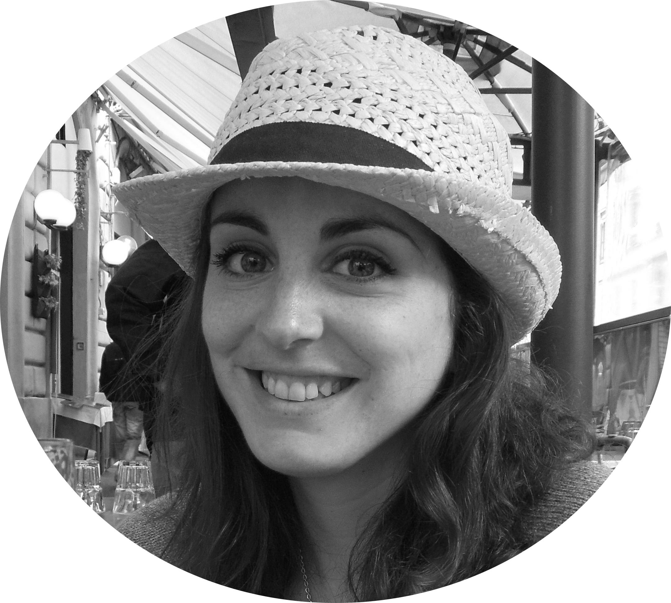 MyFrenchLife™ - MyFrenchLife.org - La vie de stagiaire - My Internship - Sophia Marci Anderson