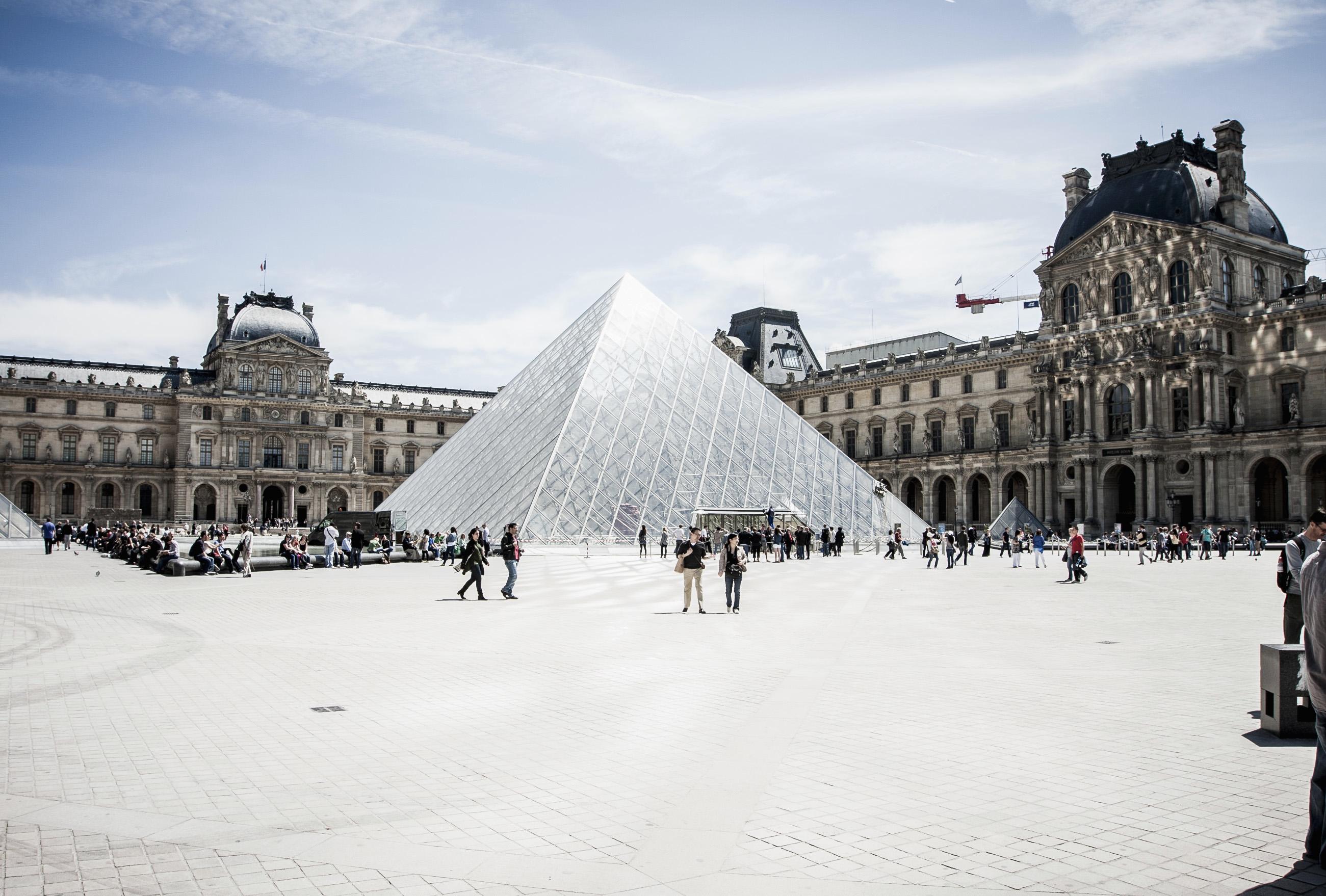 MyFrenchLife™ - paris in April - Paris