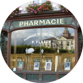 MyFrenchLife™ - MyFrenchLife.org – French waiting room protocol: the art of being French – living like a local – Pharmacie