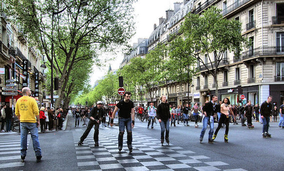 MyFrenchLife™-Paris in April-Boulevard_Saint-Germain,_Paris_April_2014