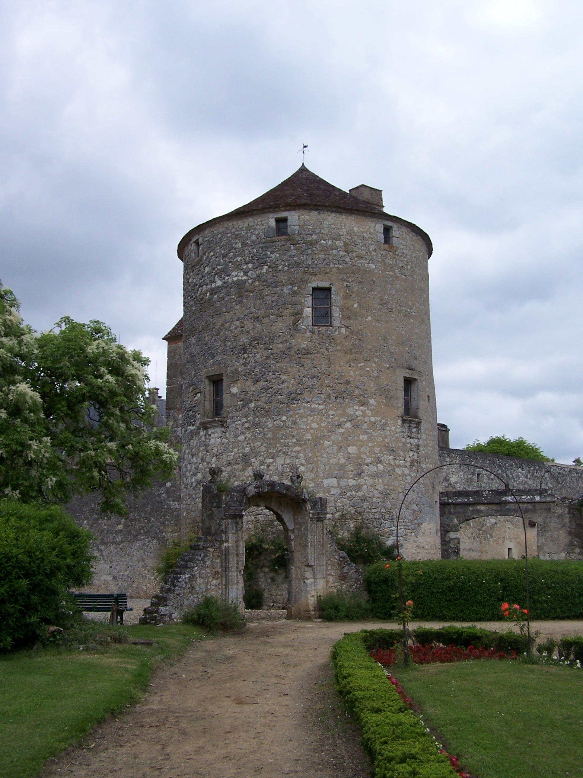 MyFrenchLife™ - French history - Montaigne's citadel